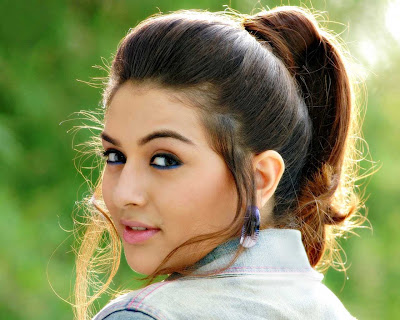 231 Responses to �Hansika in