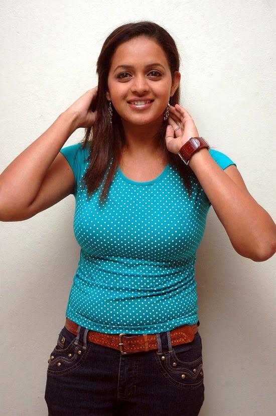 Cute South Indian Actress Bhavana New Stills