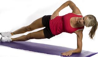 Фото к упражнению боковая планка