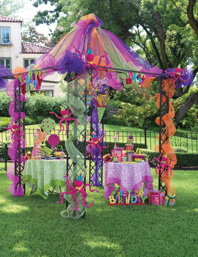How to decorate birthday party at home interior home for Outdoor party tent decorating ideas