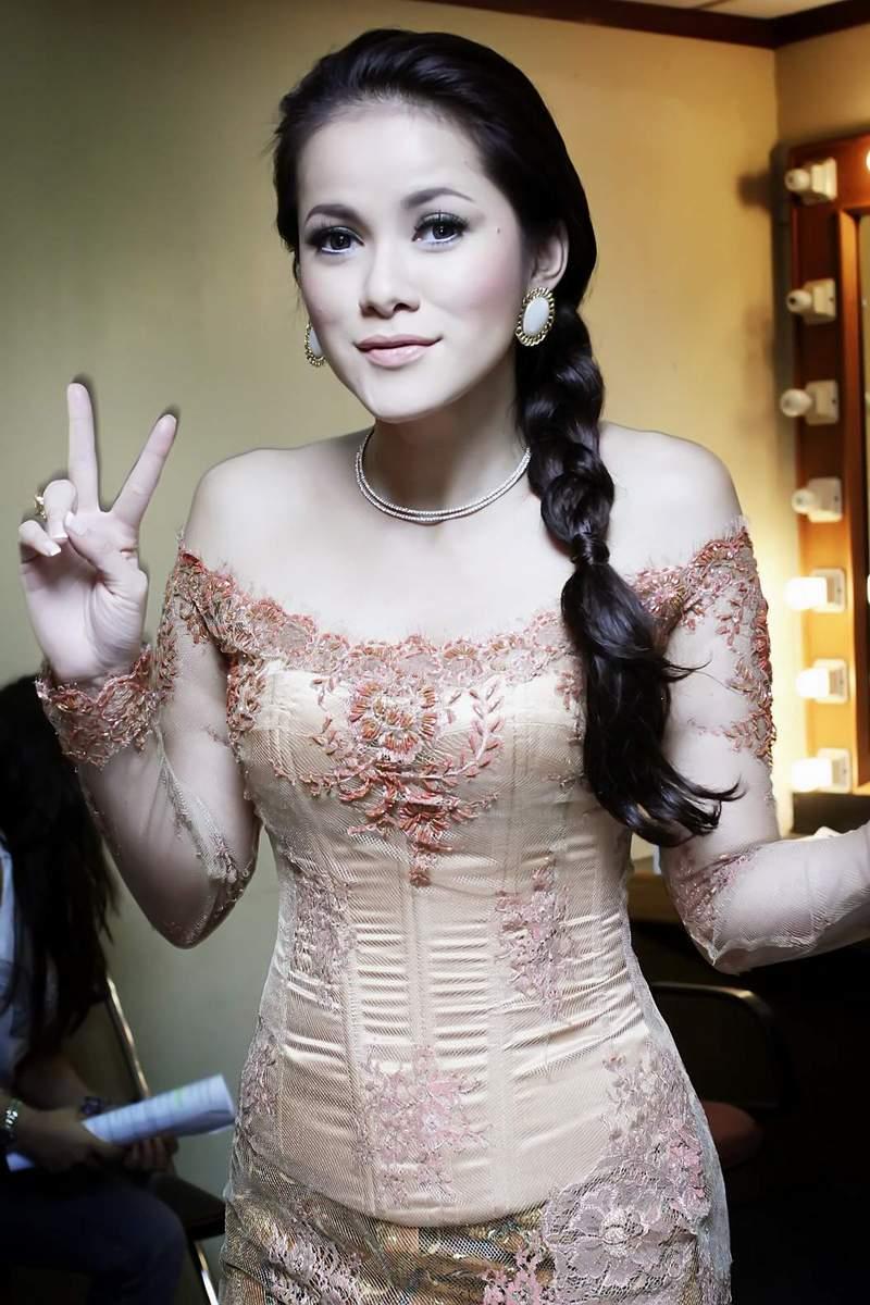 Olla Ramlan Hamil - Download Bokep Indonesia Gratis