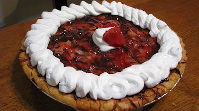 strawberry chocolate freezer pie recipes dishmaps strawberry chocolate ...