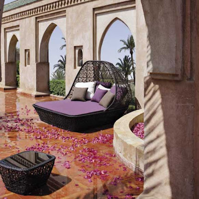 Affordable Modern Furniture on Ideas For Your Omani Villa  Outdoor Furniture Completes The Space