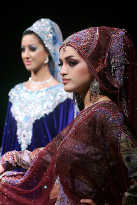 Traditional Omani Dress Women