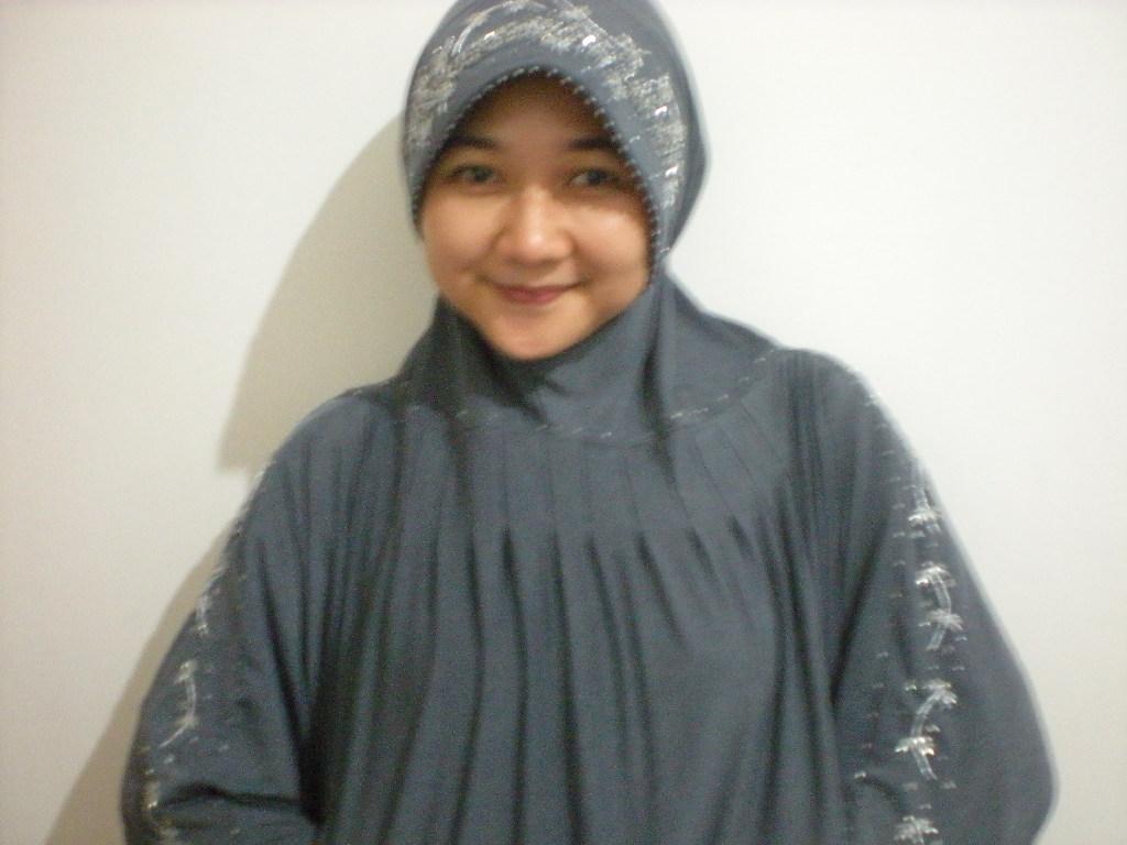 Jilbab Kalong Payet Jepang