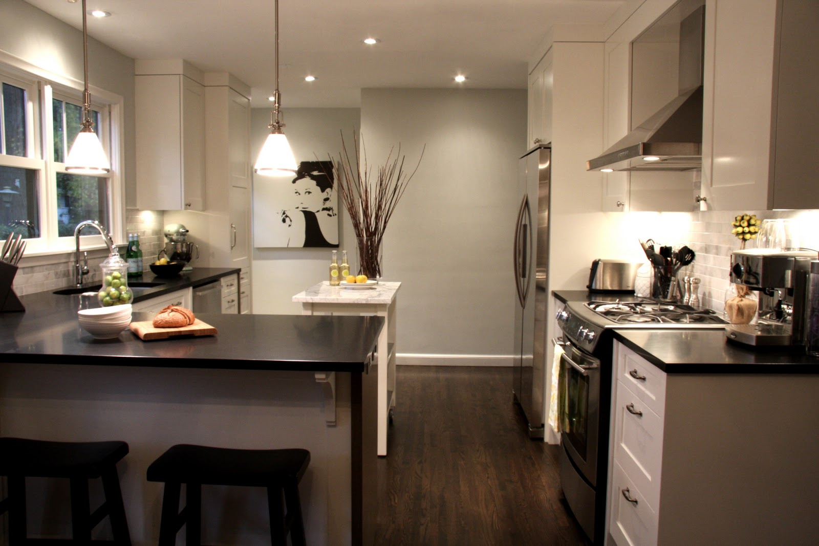 Cottage modern my new kitchen a favorite 2010 project for Kitchen configuration ideas