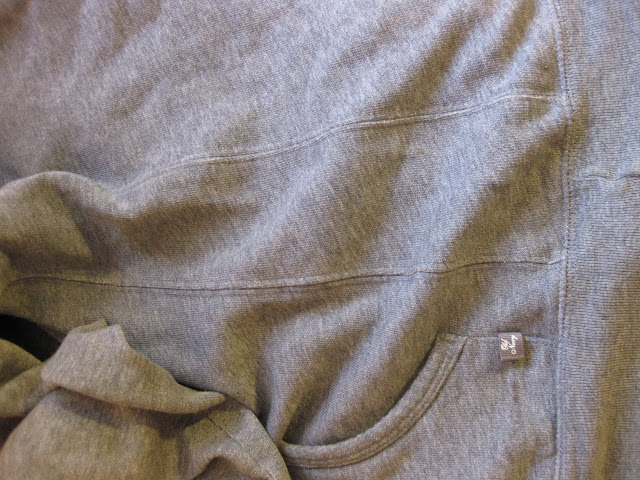 how to tailor a sweatshirt
