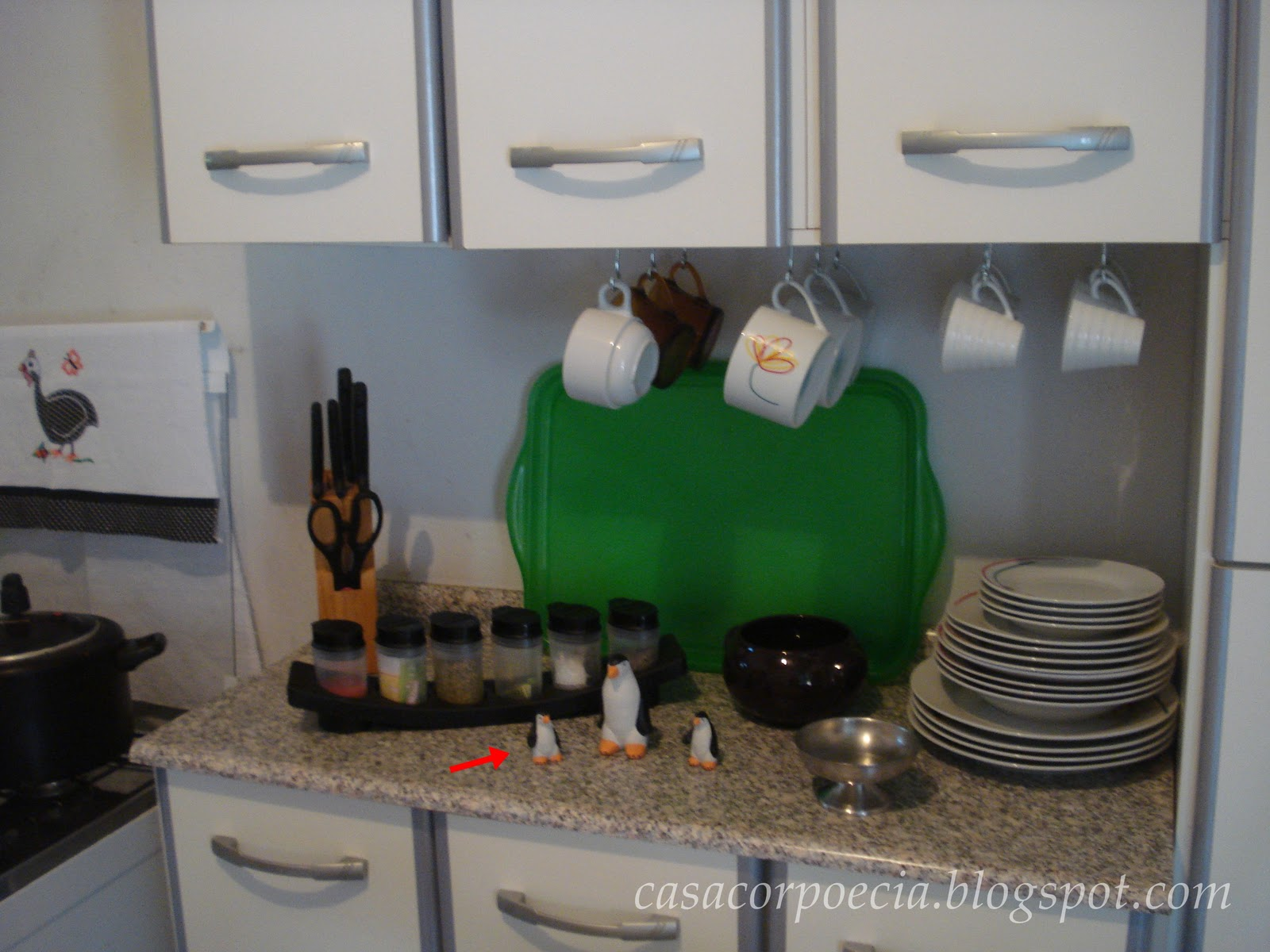 #1E592A linda geladeira que reformei com contact e mostrei o antes e depois  1600x1200 px Idéias Arranjo Cozinha_228 Imagens