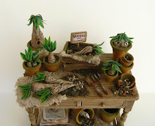 Mandrake Table