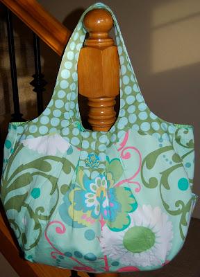 sleepless in sandy amy butler cosmo bag. Black Bedroom Furniture Sets. Home Design Ideas