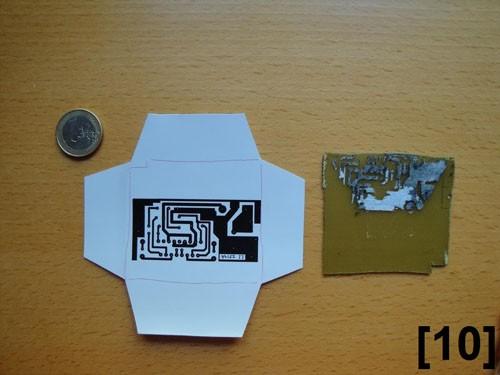 Recorte del papel según la medida de la placa