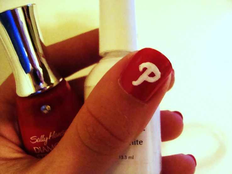 Phillies Nail Art