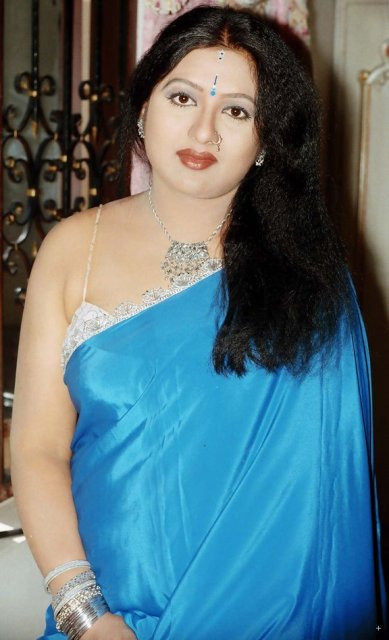 Telugu aunty sexy photos