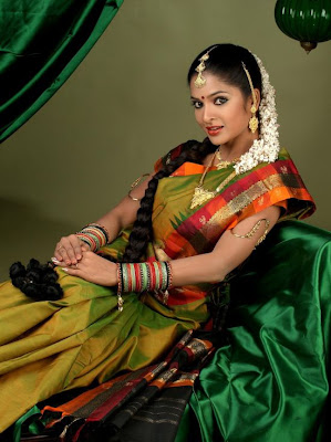 actress Madhumitha photo album