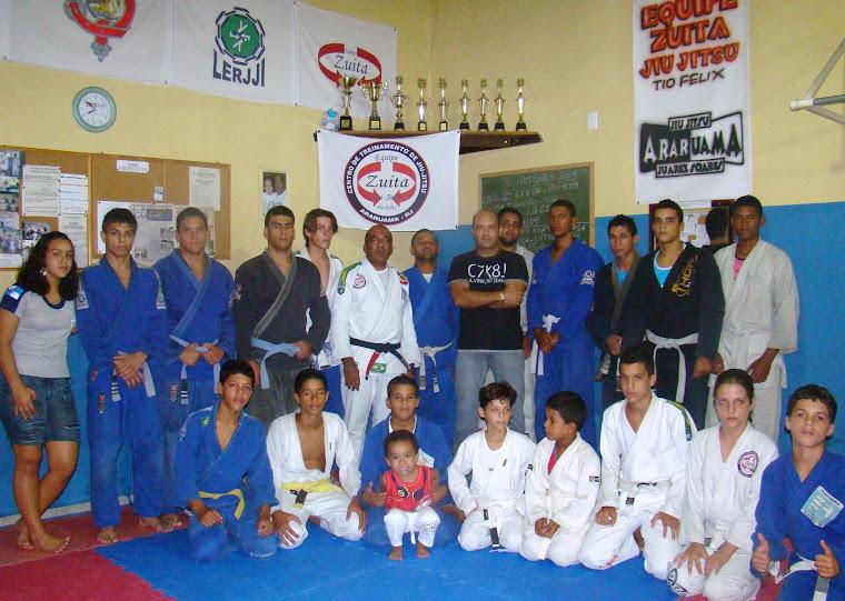 Vereador Saulo Peres visita o Centro de Treinamento Zuita na Fazendinha