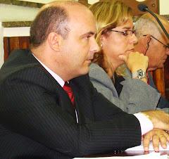 """VEREADOR SAULO PERES PREOCUPADO COM AS """"SAIDINHAS"""" DE BANCO"""