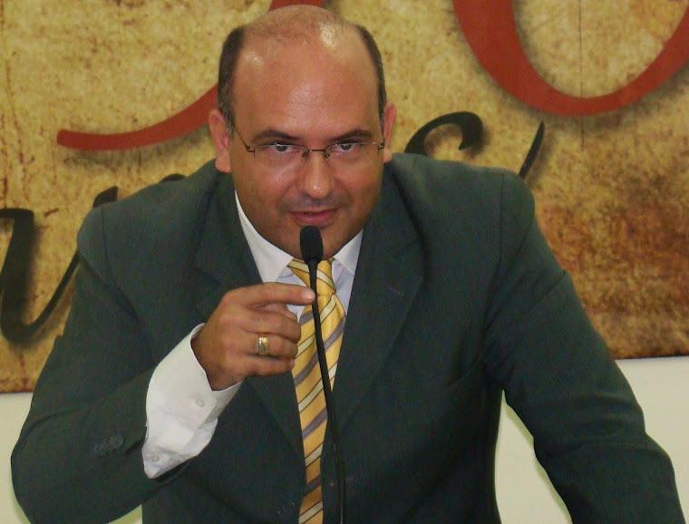 VEREADOR SAULO PERES DEFENDE A INSTALAÇÃO DE UNIVERSIDADES PÚBLICAS EM ARARUAMA