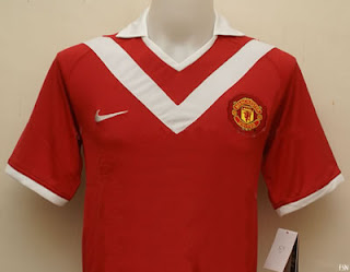 Manchester United replica shirt