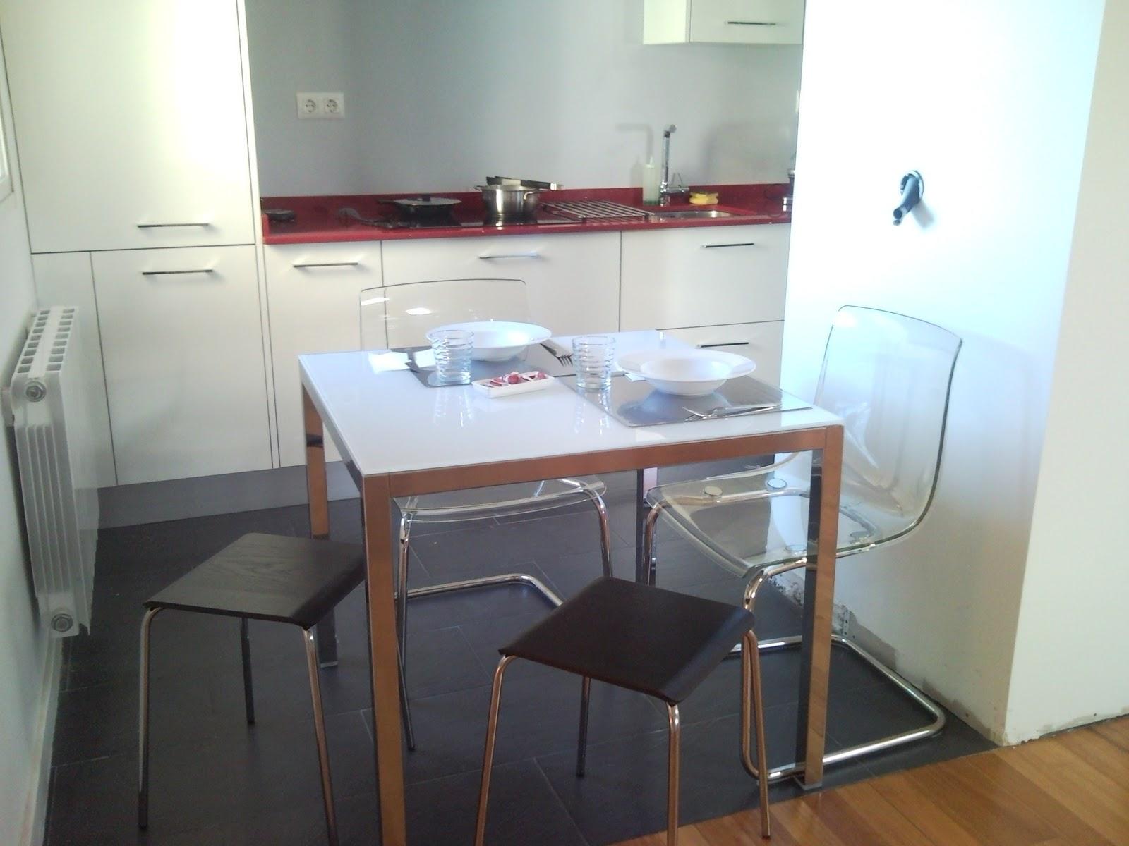 Giunso la cocina siempre es lo primero - Mesa cocina cuadrada ...