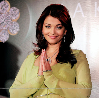 aishwarya_rai_hot_wallpaper_36_sweetangelonly.com