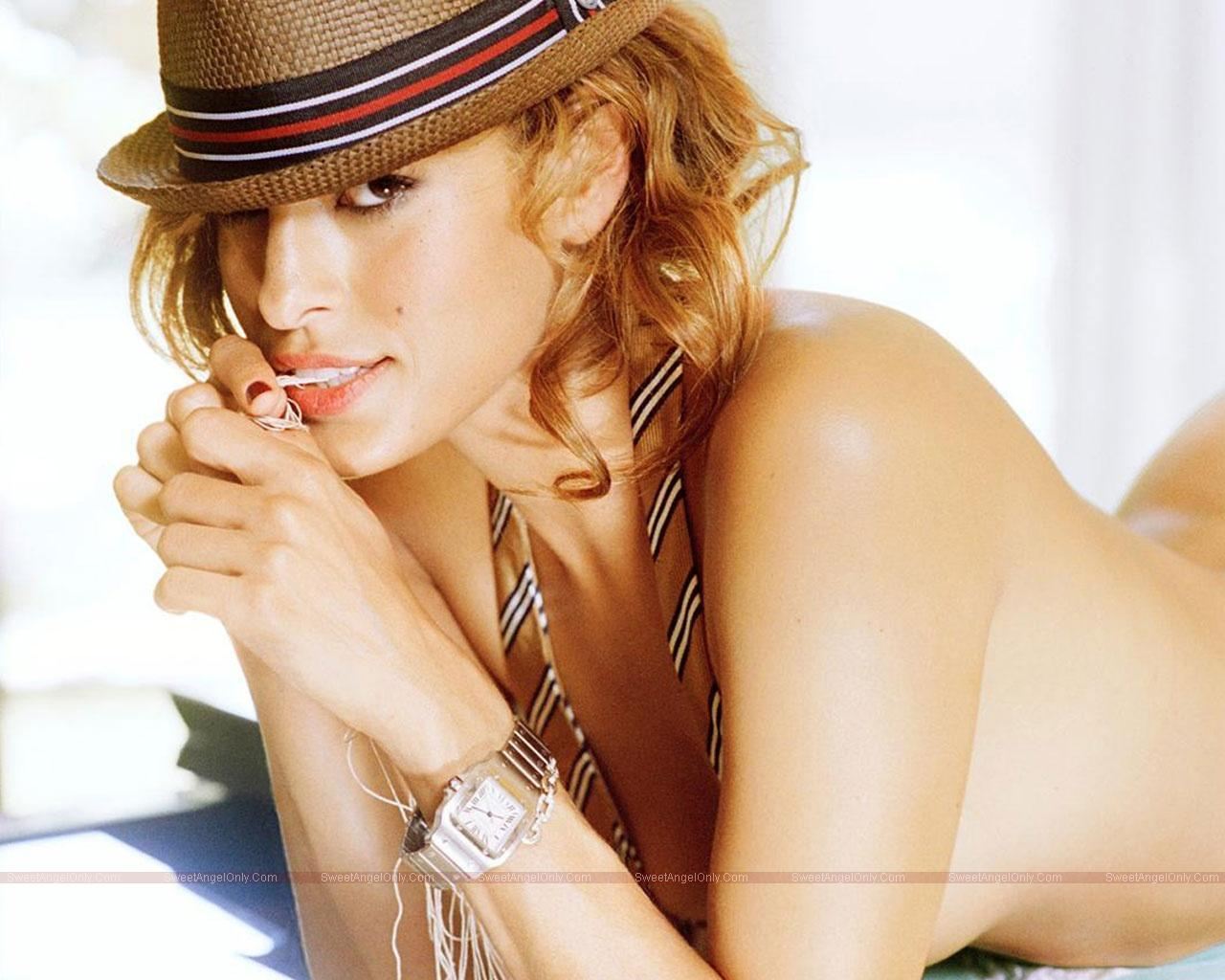 http://3.bp.blogspot.com/_jJPqWg6V3Y8/TUbBbE3CPBI/AAAAAAAAEF0/UK77pYXhc4A/s1600/Eva_Mendes_Hot_Wallpapers__SweetAngelOnly_17.jpg
