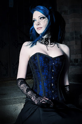 Gothic Photography, Gothic Women Pictures, Cosplay Gothic Lady