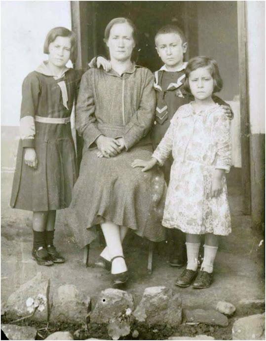 ABUELA e hijos 1928