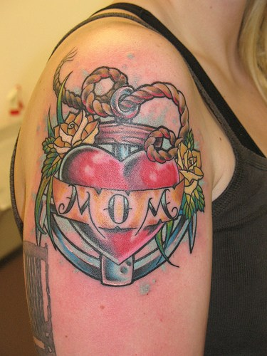 tatuaje dracusori. tatuajes de ancla. Tatuajes Tattoos: Tatuajes de Anclas