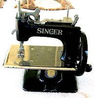 Singer Sewing Machine Pictures