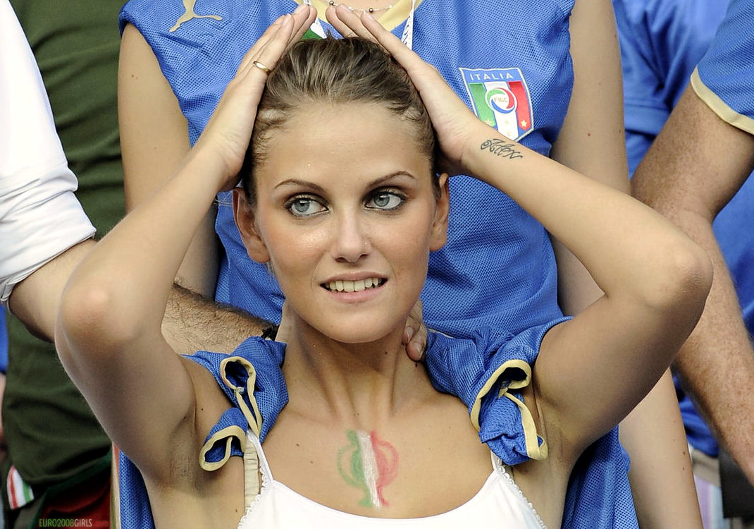 2010 FIFA World Cup: Italy's Sexiest Fans, WAGs, and ...