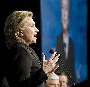 Hillary alerta Irã e Síria sobre consequências de ameaças a Israel
