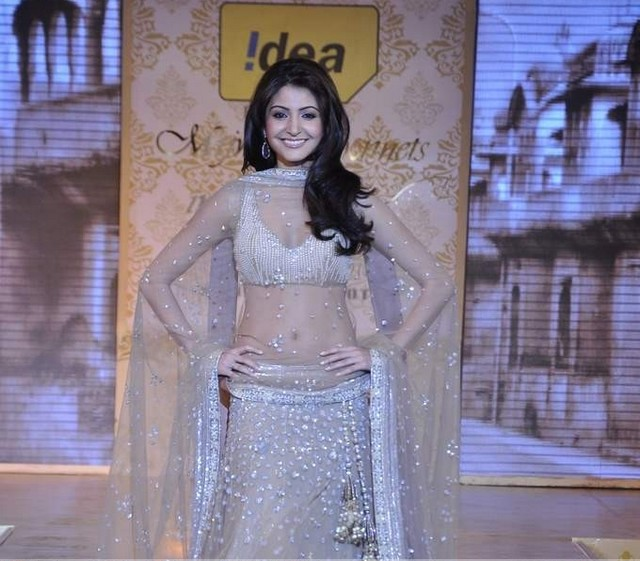 Anushka Sharma latest wallpapers photos photoshoot at Manish Malhotra's