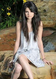 Selena Gomez Hot Girl