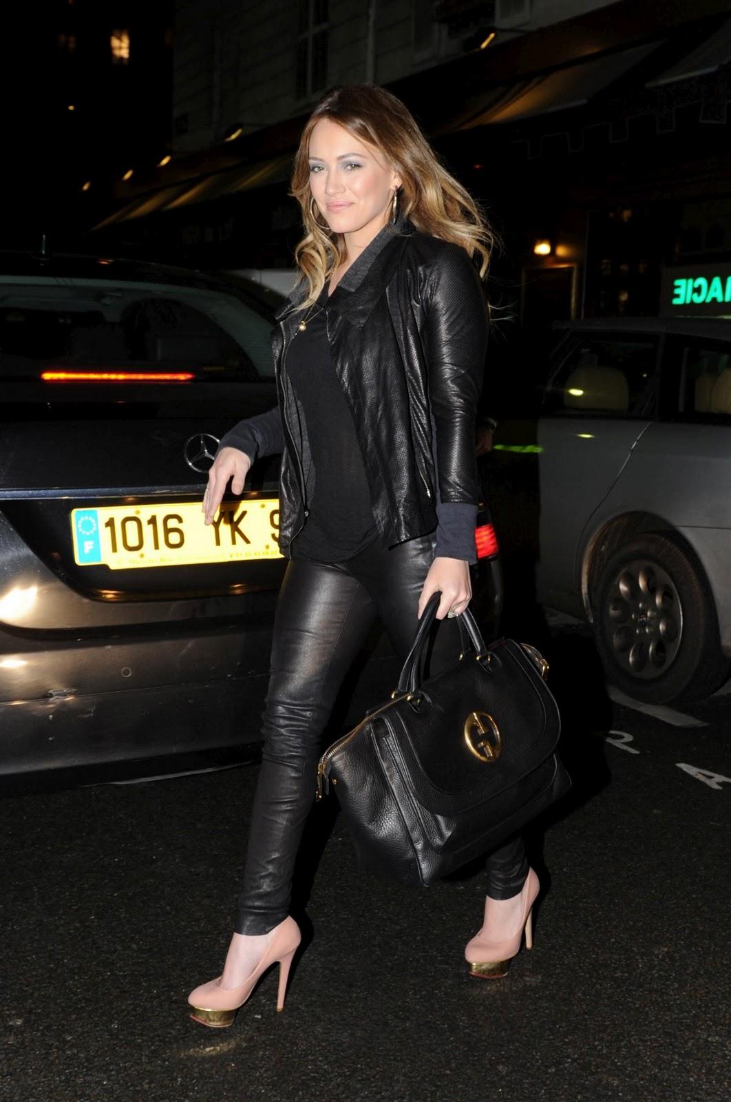 http://3.bp.blogspot.com/_jQe0gCOgO8o/TU_dyiZzbuI/AAAAAAAAPPQ/-pC3jndBfcc/s1600/Hilary-Duff-71.jpg