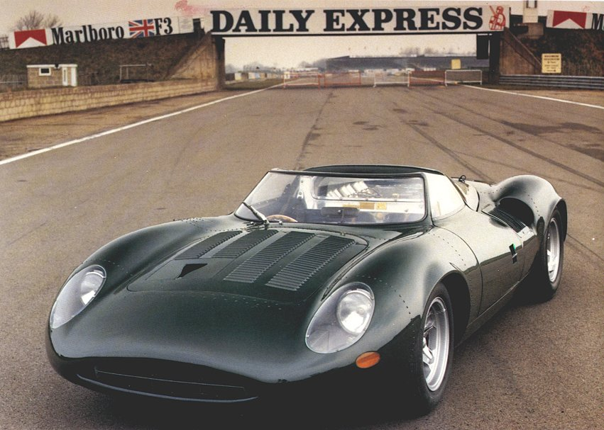 "UNA ""VECCHIETTA"" TRA DI NOI Jaguar_XJ13_V12_Large"