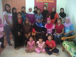 skin care class-diadakan utk puteri umno Merlimau.. thanksss