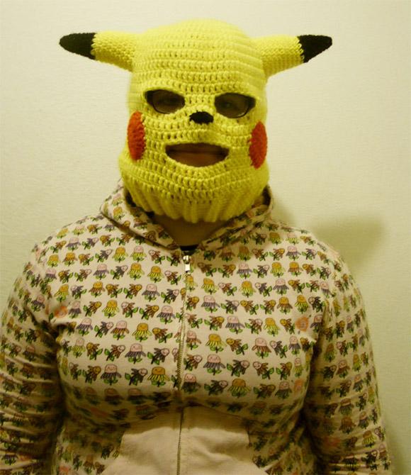 http://3.bp.blogspot.com/_jWNhyMUpjSE/SwsaIzqOnZI/AAAAAAAAFCI/-2bW8o6I8Bo/s1600/Pikachu-Ski-Mask.jpg