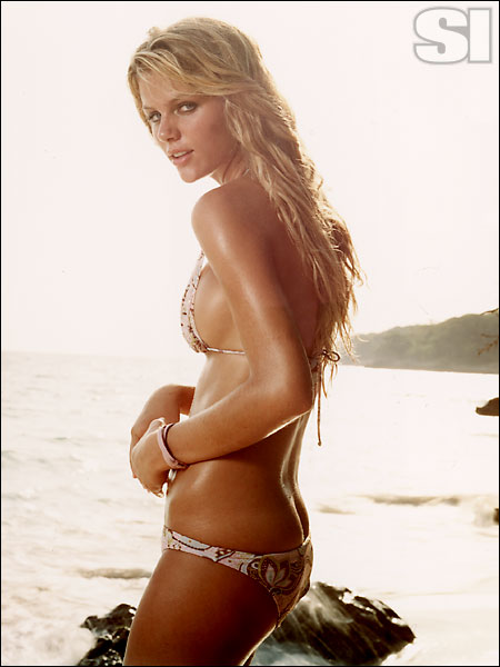Hot pics of Brooklyn Decker