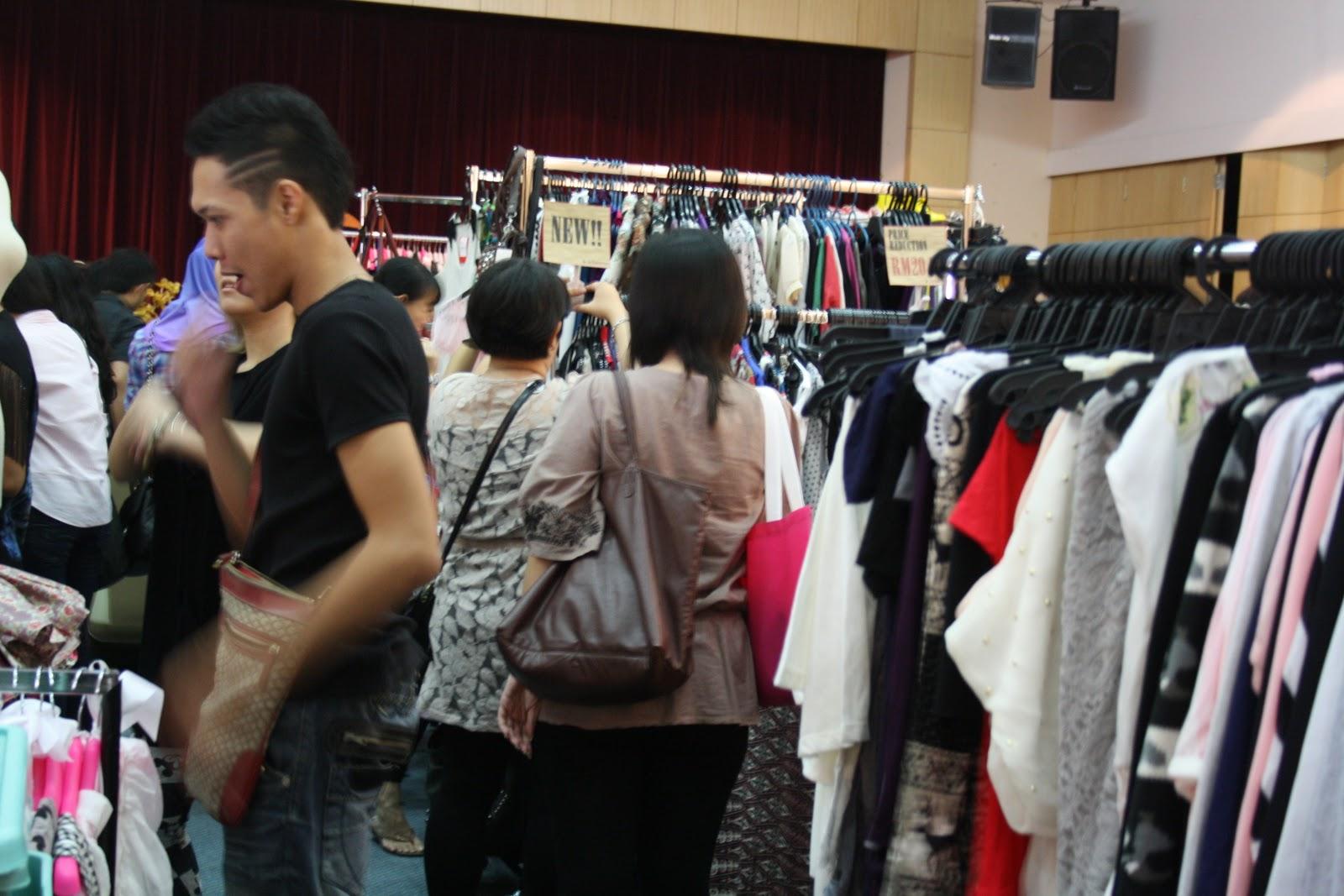 Vintage Clothing Boutique Online