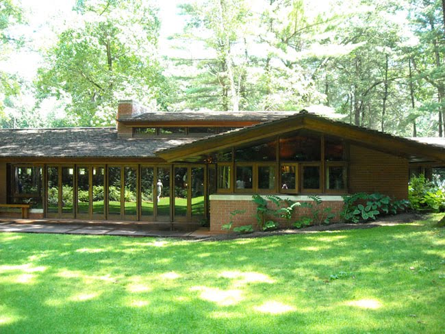 Retro places to visit frank lloyd wright 39 s zimmerman for Zimmerman house