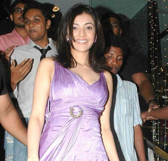 kajal opening of desinger mall of kalanikethan glamour  images