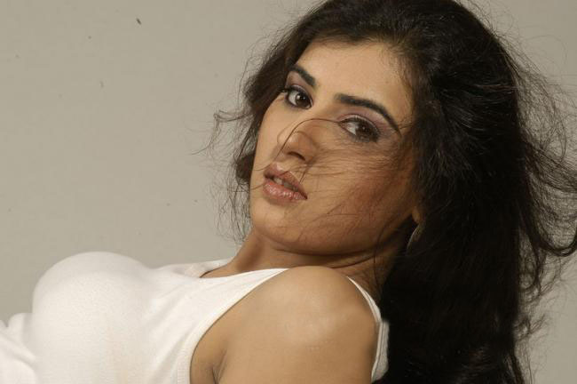 spicy skin of archana glamour  images