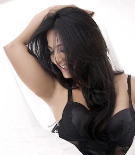 tollywood news  Anushka+Hot+Photo+Shoot+2 Latest Exclusive Anushka  Hot Photo Shoot