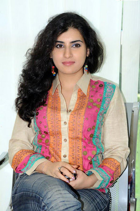 archana poses cute stills