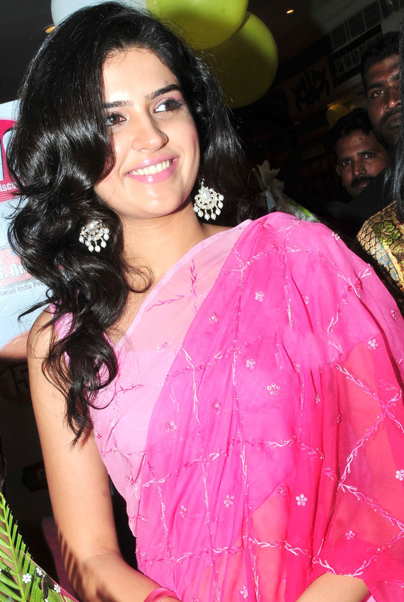 Tollywood Actress Deeksha Seth in pink Saree hot photos