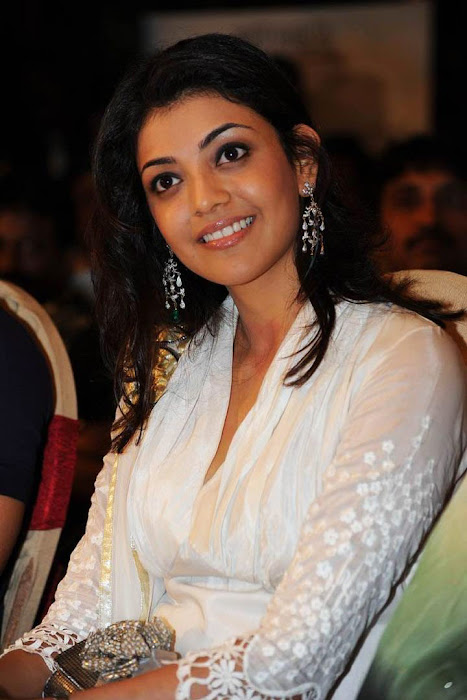kajal agarwal bouncy looks robo music launch latest photos