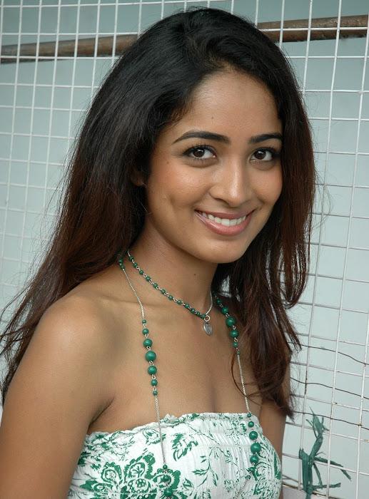 athithi thakita thakita acctress shoot hot photoshoot