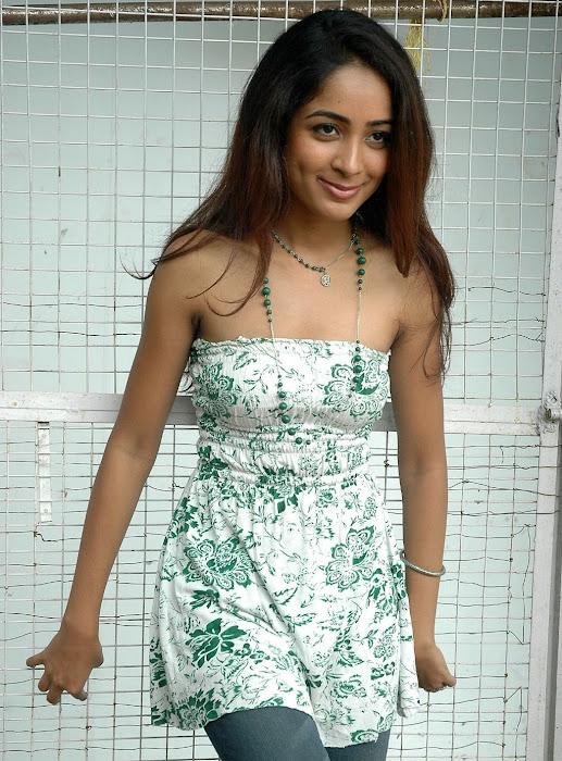 athithi thakita thakita acctress shoot latest photos