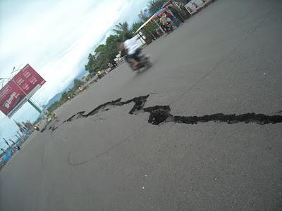 Photo-foto Padang Pra dan Pasca Gempa bumi