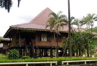 Rumah-bubungan-lima-bengkulu-traditional-house